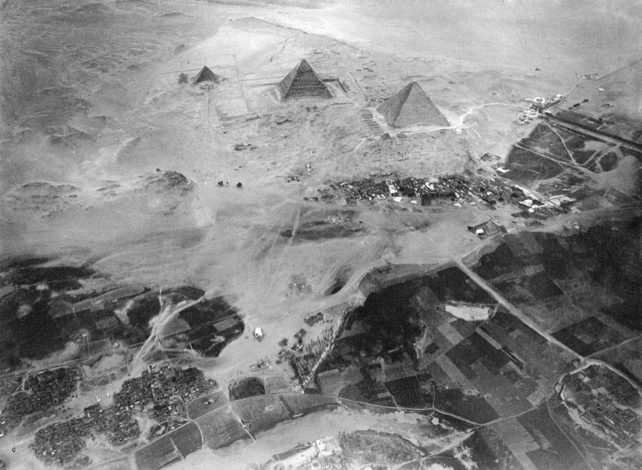 Spelterini_Pyramids